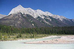English: Chancellor Peak in Yoho National Park...
