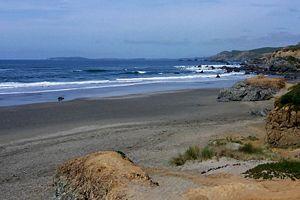 English: Bodega Bay viewed from Dillon Beach, ...