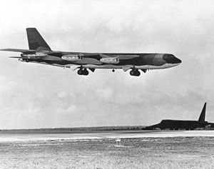 A U.S. Air Force Boeing B-52D Stratofortress f...