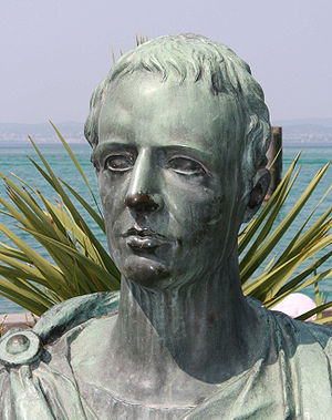 A Modern statue of the roman poet Gaius Valeri...