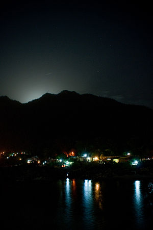 Full moon behind the mountain, Rishikesh.