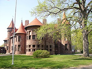 English: Iviswold Castle located in Rutherford...
