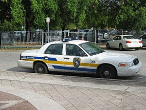 English: A Ford Puerto Rico Police car parked ...
