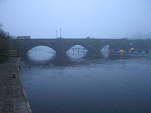 Bridge between Ballina and Killaloe This bridg...