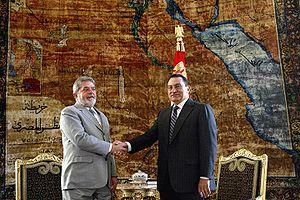 Português: Cairo (Egito) - Lula e Mubarak se c...