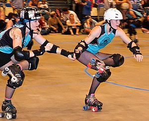 English: Blue Ridge Rollergirls doing yoga on ...
