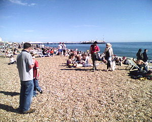 The warm April of 2007 packs Brighton beach