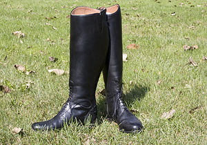 Black English riding field boots