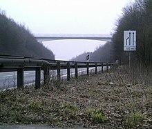Der Hermannsweg quert die Bundesautobahn 1 (Hermannsbrücke)