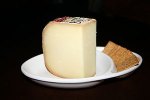 Picture of Ossau-Iraty type cheese