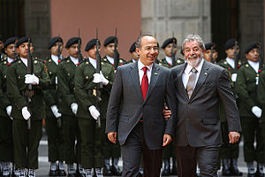 Mexican president Felipe Calderón (left) and B...