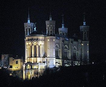 English: Basilica Notre-Dame de Fourvière as s...