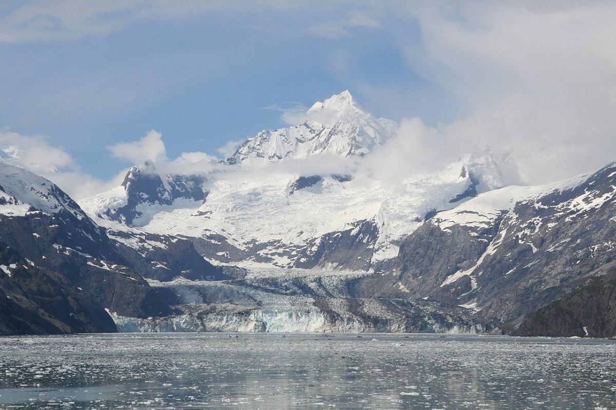 Honeymoon destinations newly weds WANT to travel to! Alaska
