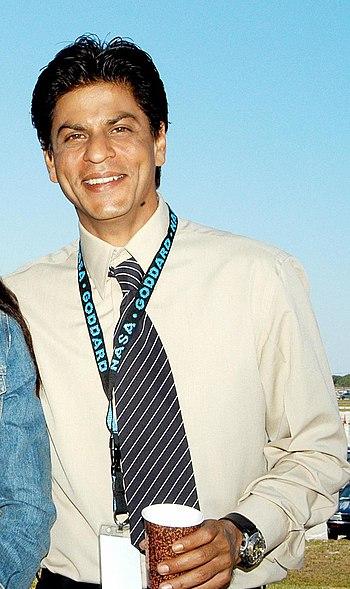 English: Shahrukh Khan during filming at Kenne...