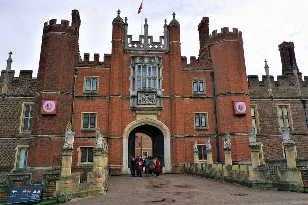 King's Beasts - Hampton Court Palace - Joy of Museums