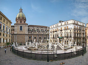 English: Piazza Pretoria, Palermo, Sicily, Ita...