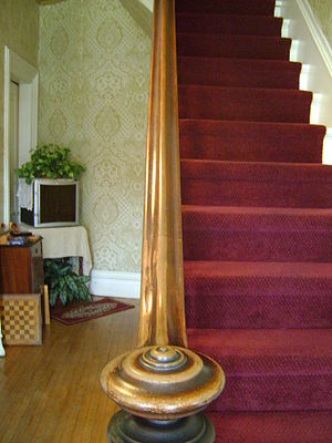 English: Staircase banister in Antoine Cartier...
