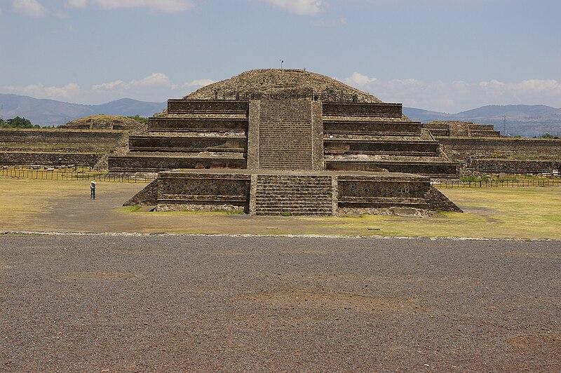 File:Teotihaucan-3015.jpg