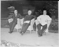 L to R, British Prime Minister Clement Attlee,...