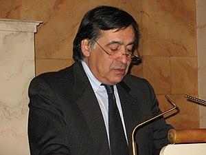 Deutsch: Prof. Dr. Leoluca Orlando bei der Ver...
