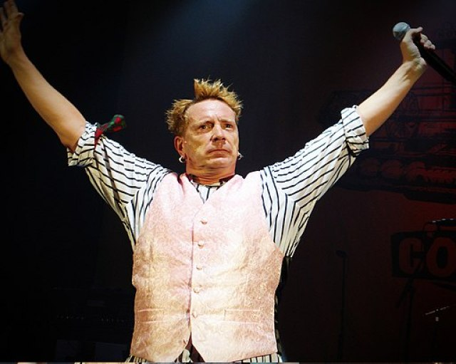 John Lydon at the Hammersmith Odeon, 2008-09-02 (1)