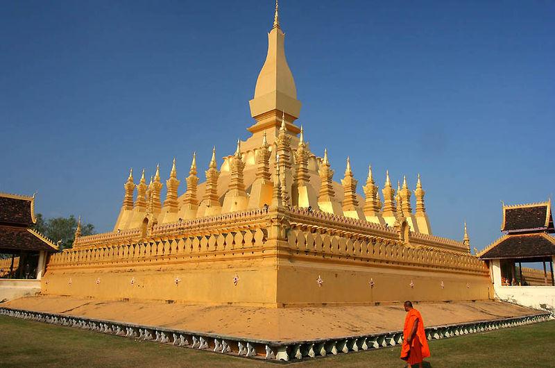 ไฟล์:Pha That Luang Vientiane Laos.jpg