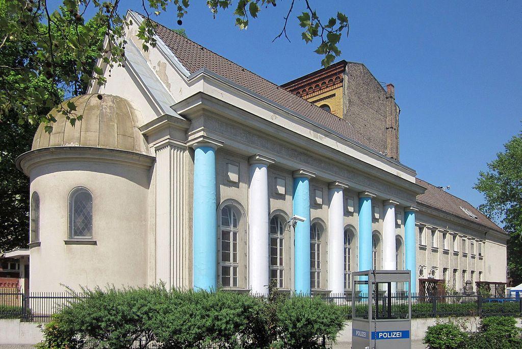CC CC BY-SA 3.0 Synagoge am Fraenkelufer | Beek100 - Eigenes Werk