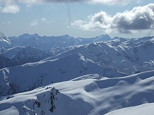 English: Looking West from Coronet Peak.