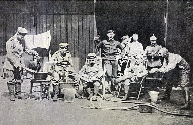 File:Германская пивоваренная команда (Льеж, 1914).jpg