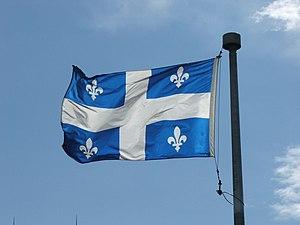 Drapeau du Québec. Les deux pointes en bas de ...