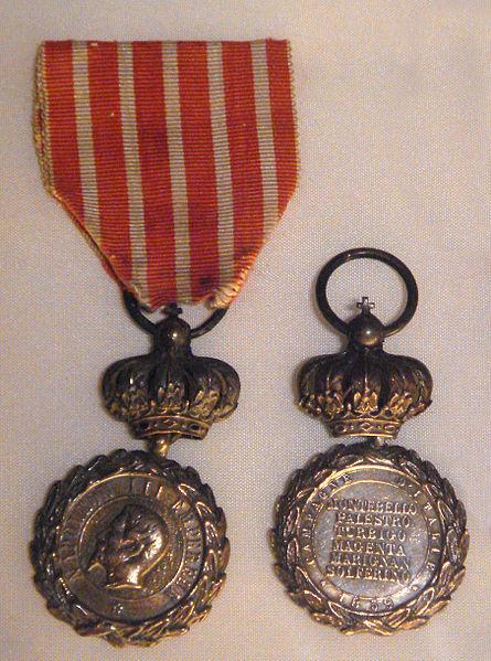 File:Medaille Italie 2ieme type.jpg