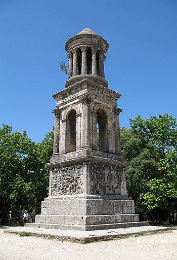 English: Saint-Rémy-de-Provence (France), Les ...