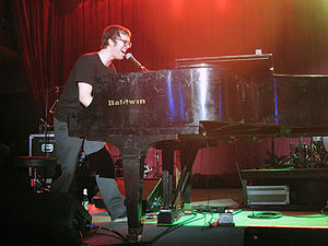 English: Ben Folds performing in Knoxville, TN...