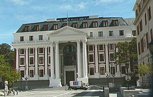 Bangunan National Assembly di Cape Town