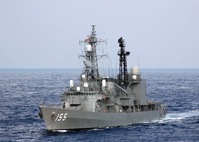 JS Hamagiri (DD-155) in the Pacific, -16 Nov. 2007 a