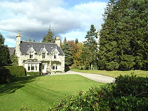 English: The Manse at Advie