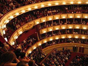 English: Interior of the Vienna State Opera. T...