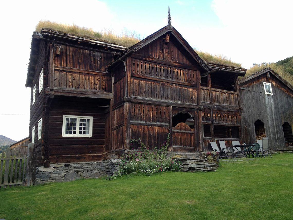 Custom Farmhouse Plans