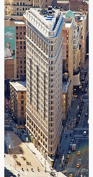 File:Edificio Fuller (Flatiron) en 2010 desde el Empire State crop boxin.jpg