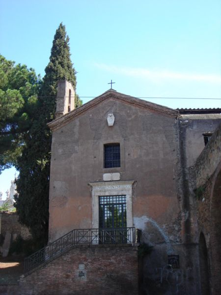 File:Esquilino - santa Maria del buon aiuto 01231.JPG