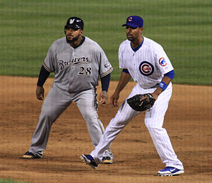 Prince Fielder (left) and Derrek Lee