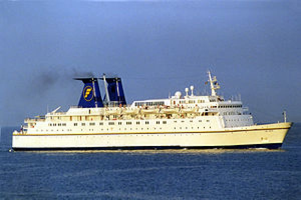"""The Azur"" - Genoa, 2001.jpg"