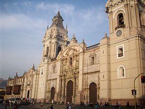 Español: La Catedral de la ciudad de Lima, la ...