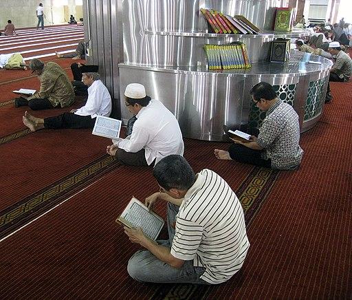 Istiqlal Mosque Reciting Al Quran