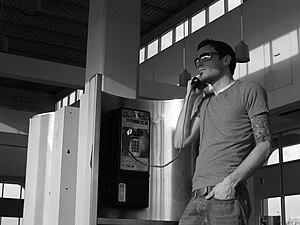 English: man on phone