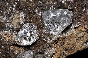 English: Herkimer diamond Français : Cristaux ...