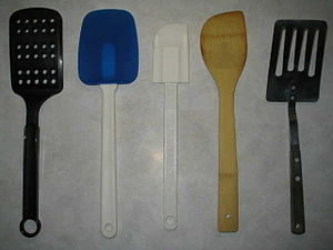 English: A selection of kitchen spatulas