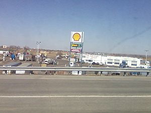English: Tomahawk Truck Stop at Interstate 76 ...