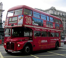 Arriva London Routemaster RML2401 (JJD 401D) route 83 branding Piccadilly Circus.jpg