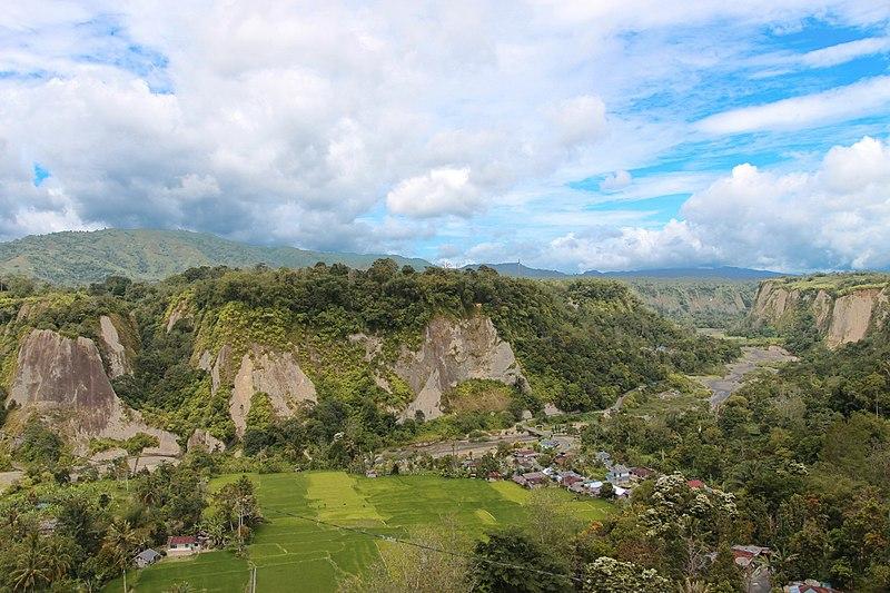 Ngarai Sianok di kota Bukittinggi, Sumatera Barat.
